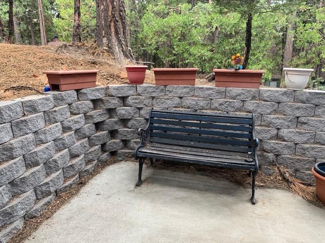 RS-apt-backyard